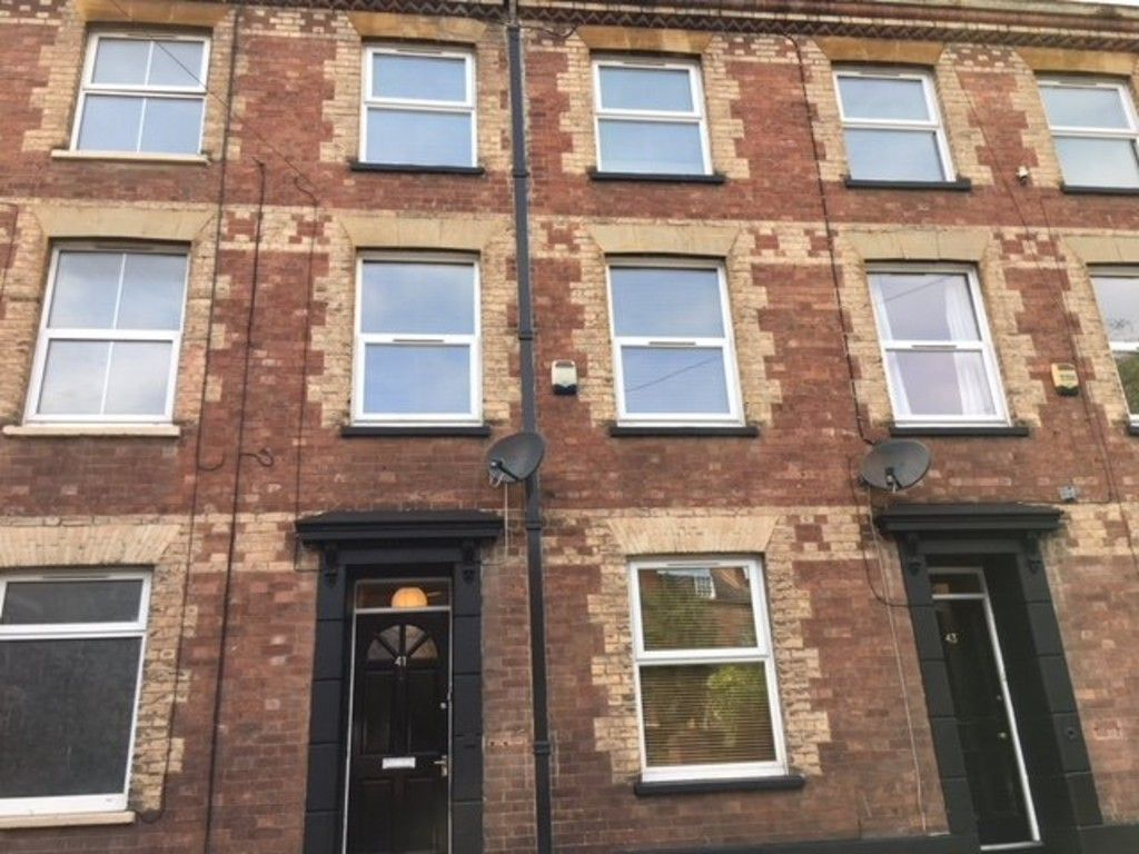 5 bed house to rent in Longbrook Street, Exeter 2