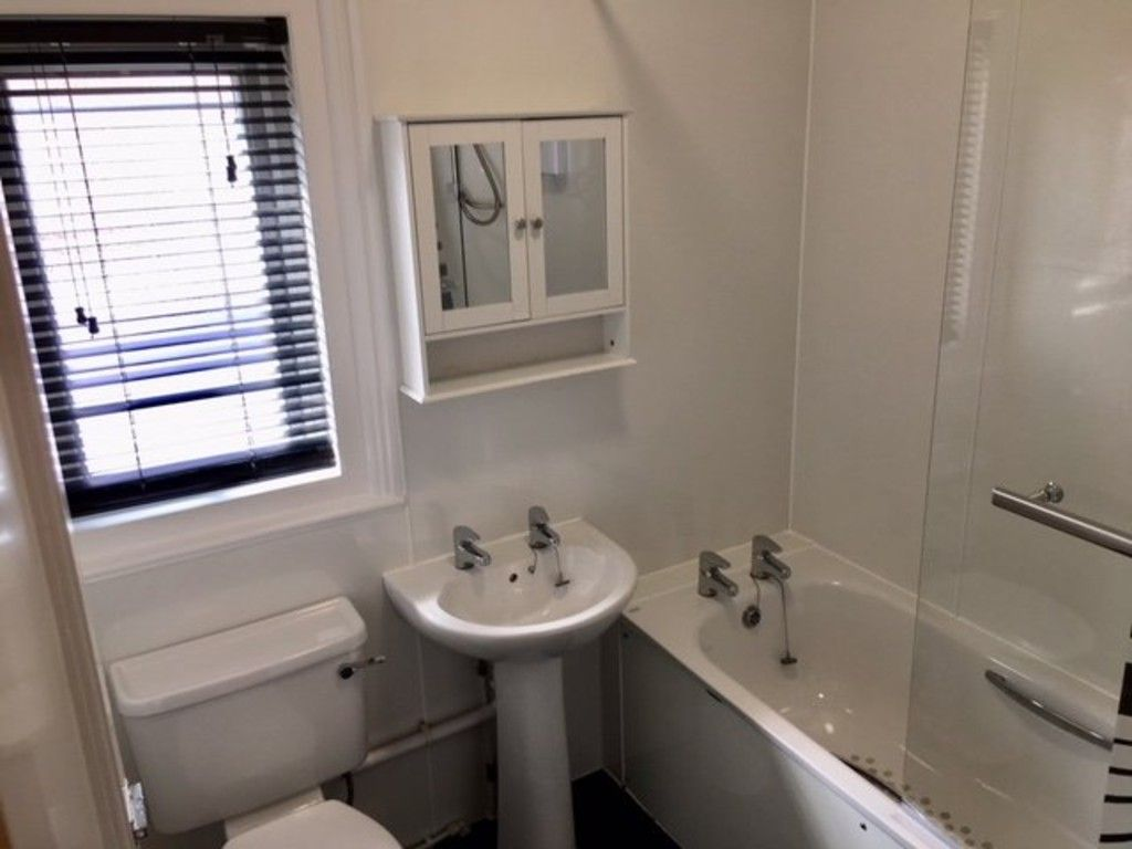 5 bed house to rent in Longbrook Street, Exeter 11