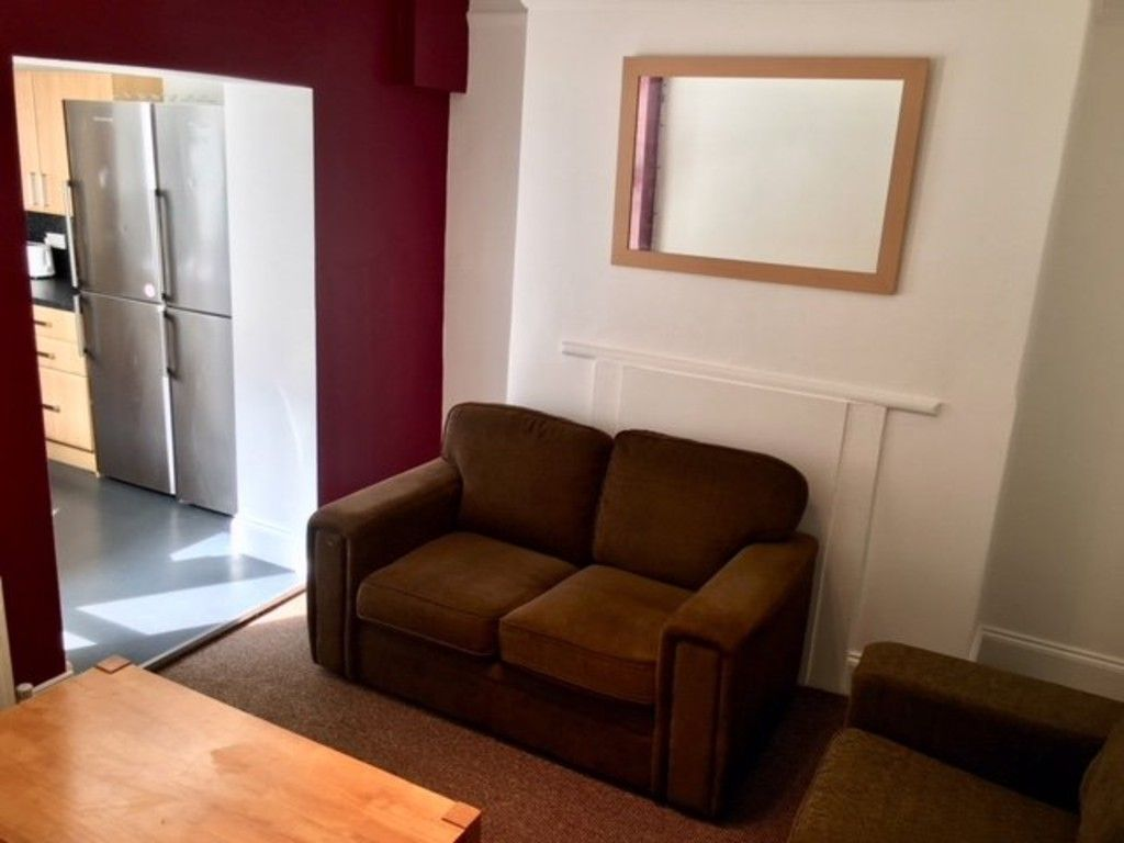 5 bed house to rent in Longbrook Street, Exeter 4