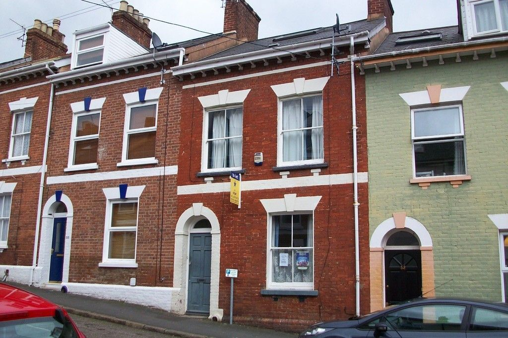6 bed house to rent in Victoria Street, Exeter 1