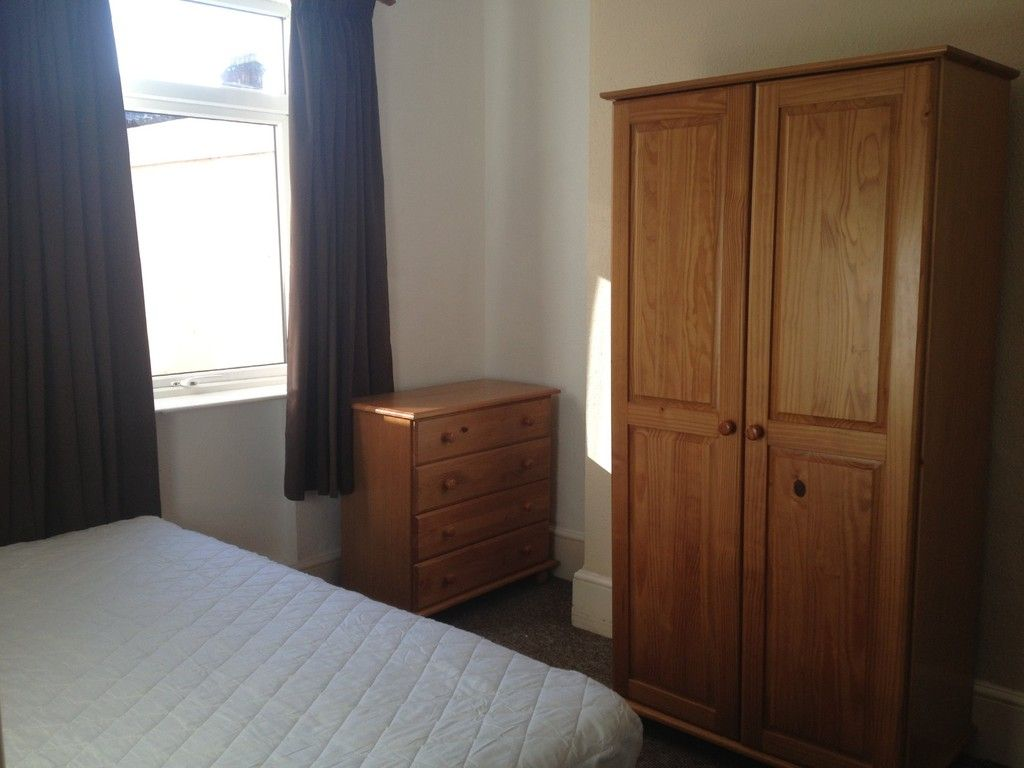 6 bed house to rent in Victoria Street, Exeter 6