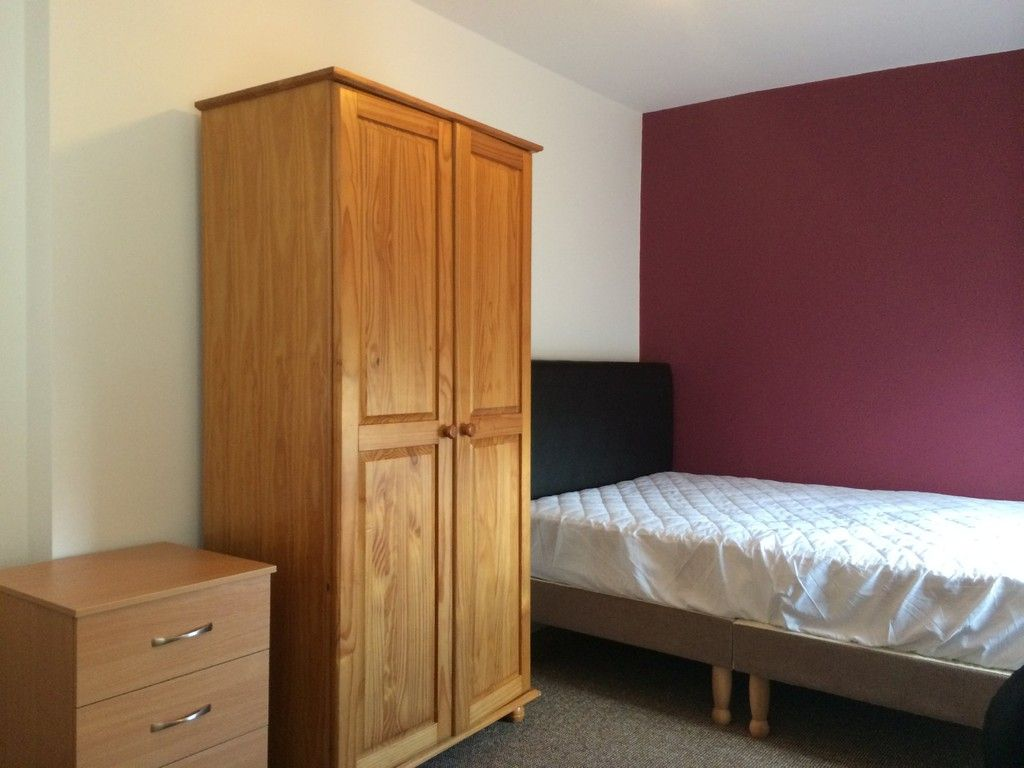 6 bed house to rent in Victoria Street, Exeter 8