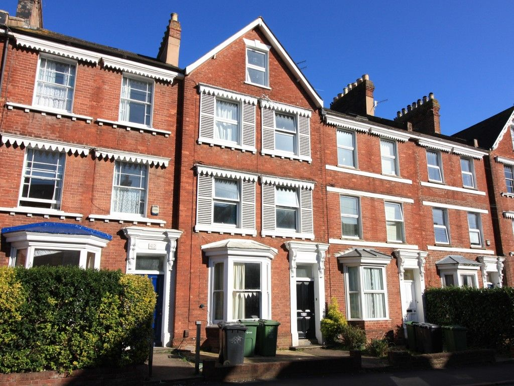 8 bed house to rent in Pennsylvania Road, Exeter 1