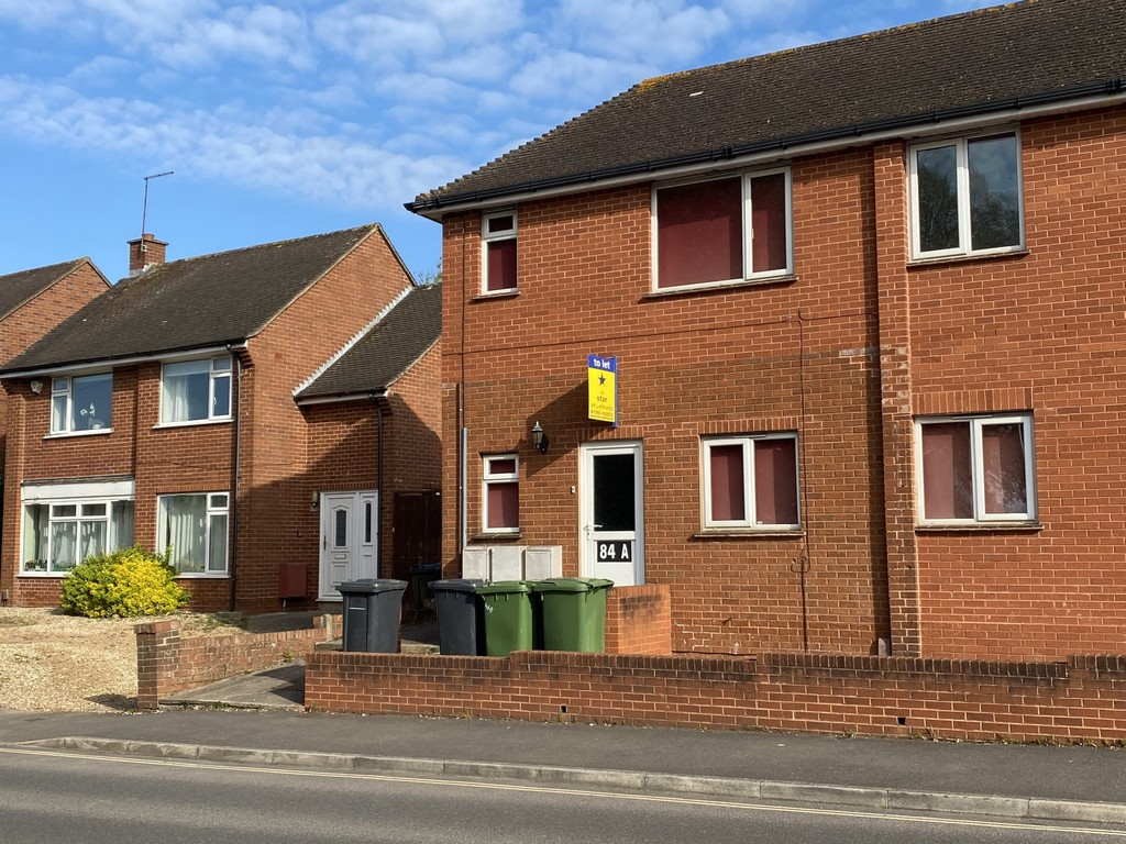 2 bed flat to rent in Union Road, Exeter, EX4