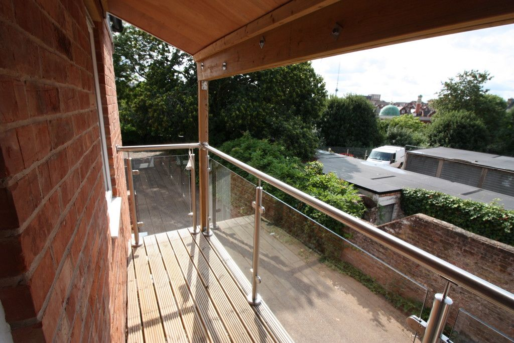 2 bed flat to rent in Pennsylvania Road,  - Property Image 7