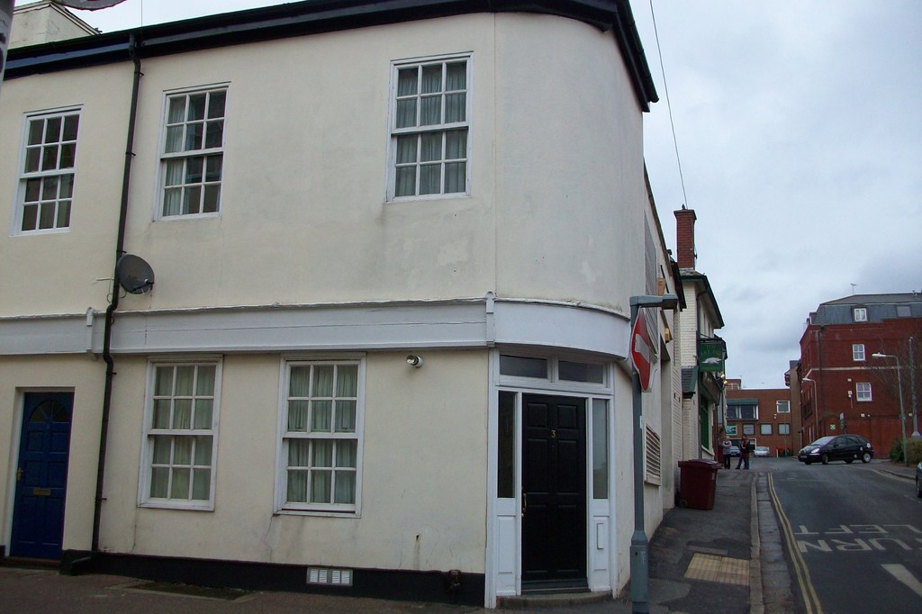 2 bed house to rent in King Street, Exeter, EX1