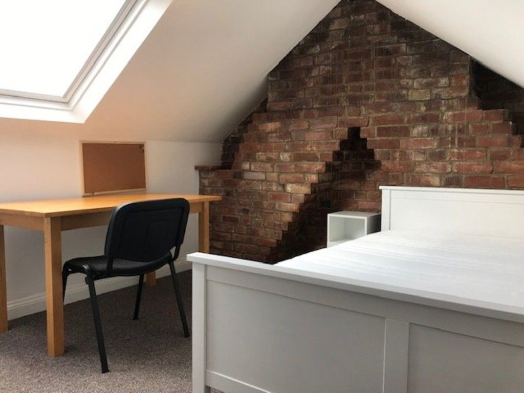 5 bed house to rent in King Edward Street 6