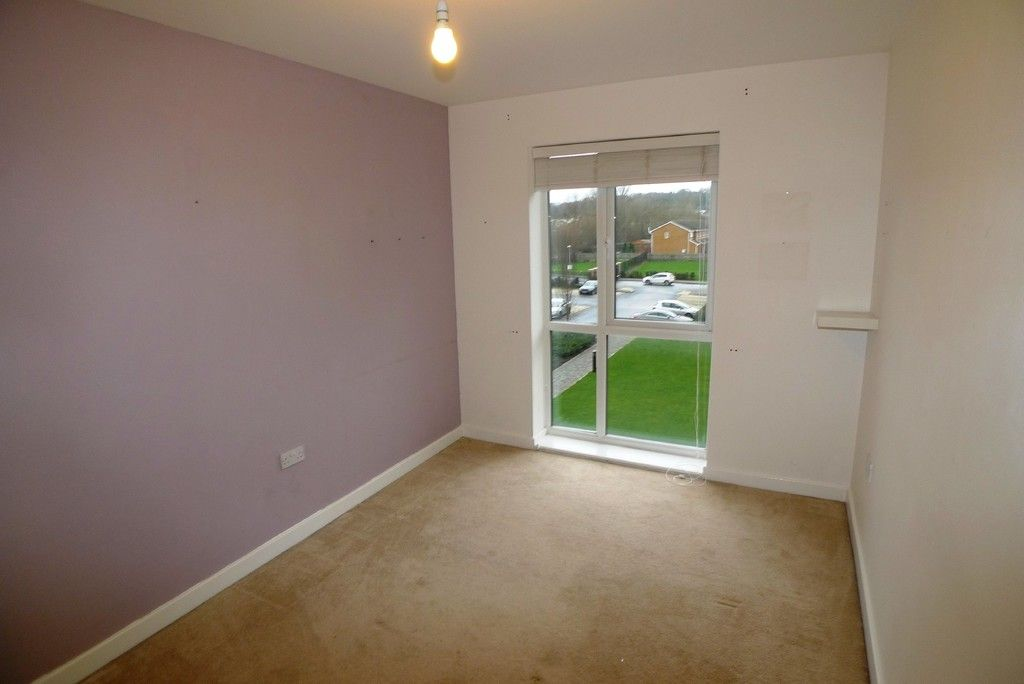 2 bed flat to rent in Clydesdale Way, Belvedere, DA17 11