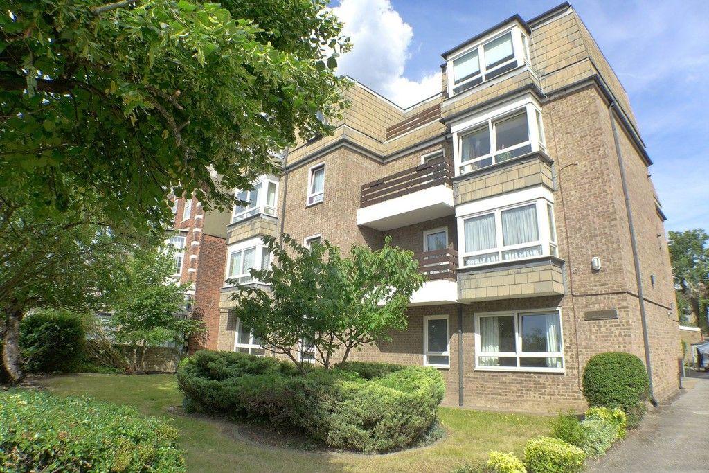 1 bed flat to rent in Edam Court, Station Road, DA15, DA15