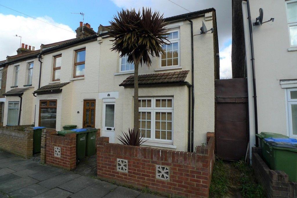 2 bed house to rent in Gaitskell Road, New Eltham, SE9, SE9