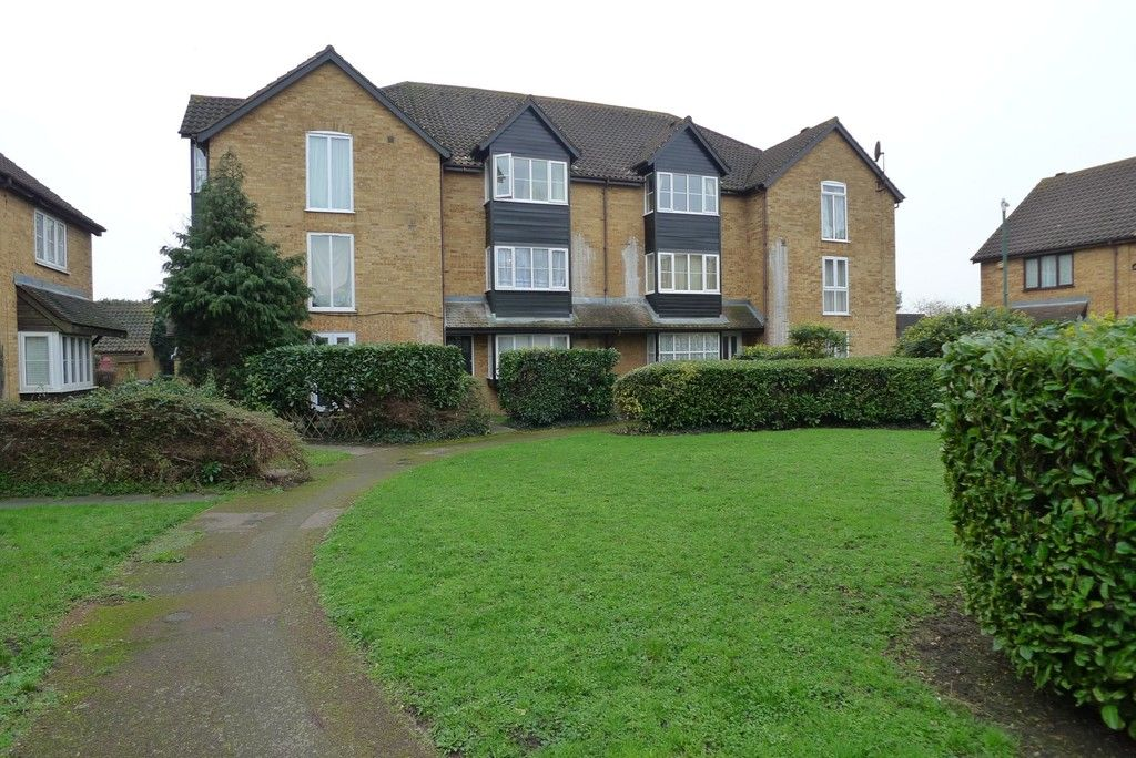 Flat to rent in Knights Manor Way, Dartford, DA1, DA1
