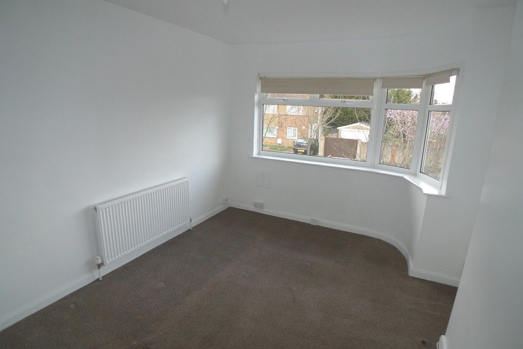 2 bed flat to rent in Maylands Drive, Sidcup, DA14 2