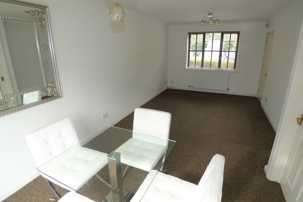 3 bed house to rent in Larch Grove, The Hollies, DA15 8