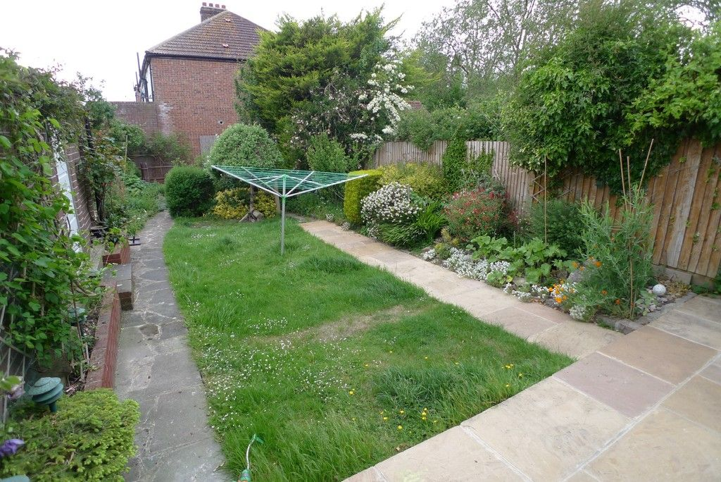 3 bed house to rent in Mayday Gardens, London, SE3  - Property Image 14