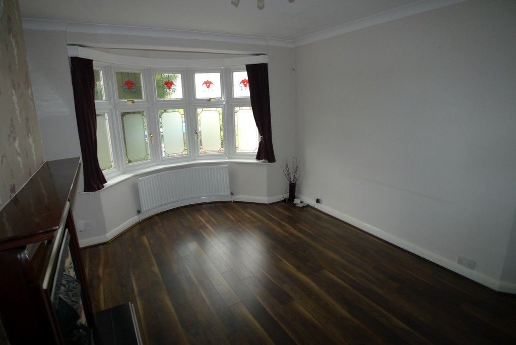 3 bed house to rent in Mayday Gardens, London, SE3  - Property Image 3