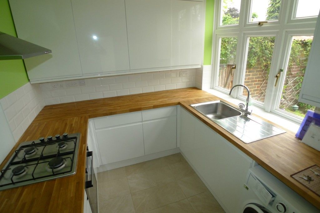 3 bed house to rent in Mayday Gardens, London, SE3 6