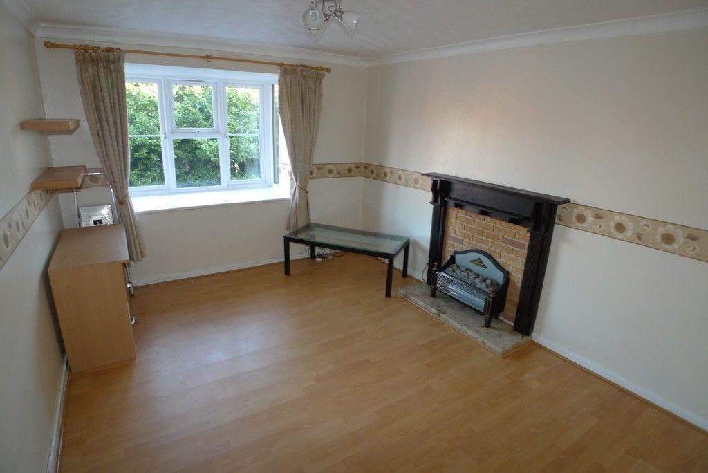 1 bed flat to rent in Parish Gate Drive, Sidcup, DA15 2