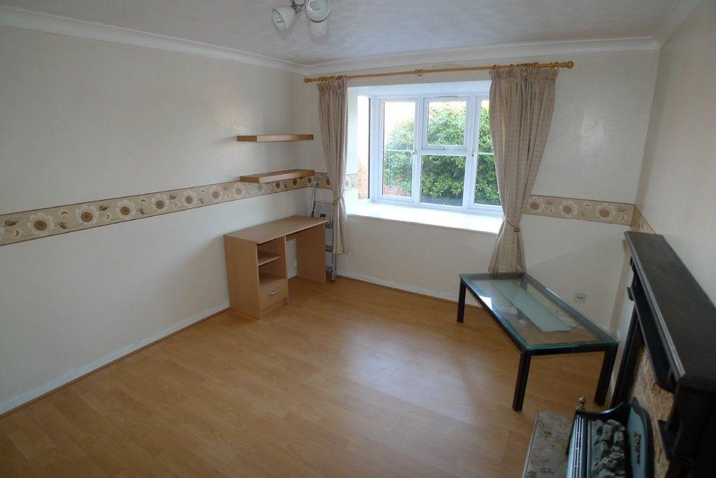 1 bed flat to rent in Parish Gate Drive, Sidcup, DA15 3