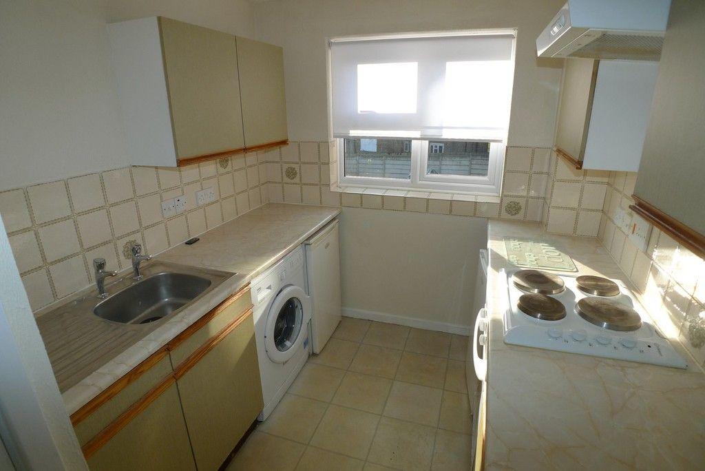 1 bed flat to rent in Parish Gate Drive, Sidcup, DA15 4