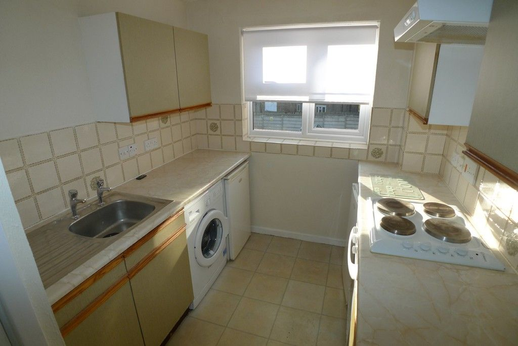 1 bed flat to rent in Parish Gate Drive, Sidcup, DA15  - Property Image 4