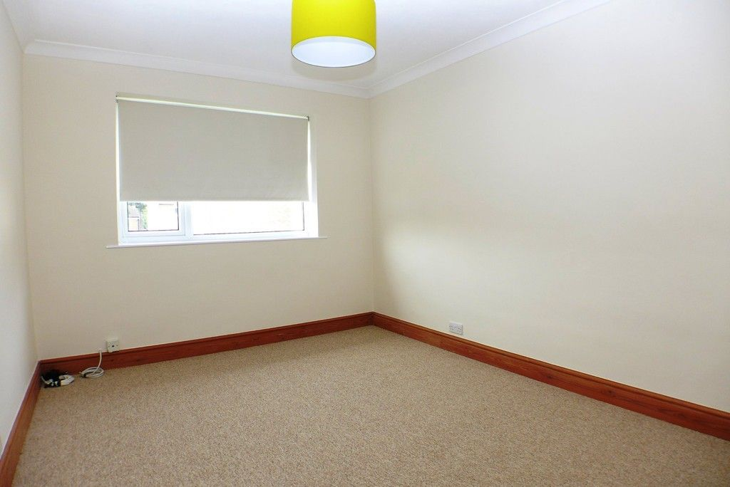 2 bed flat to rent in Studley Court, Sidcup, DA14 3