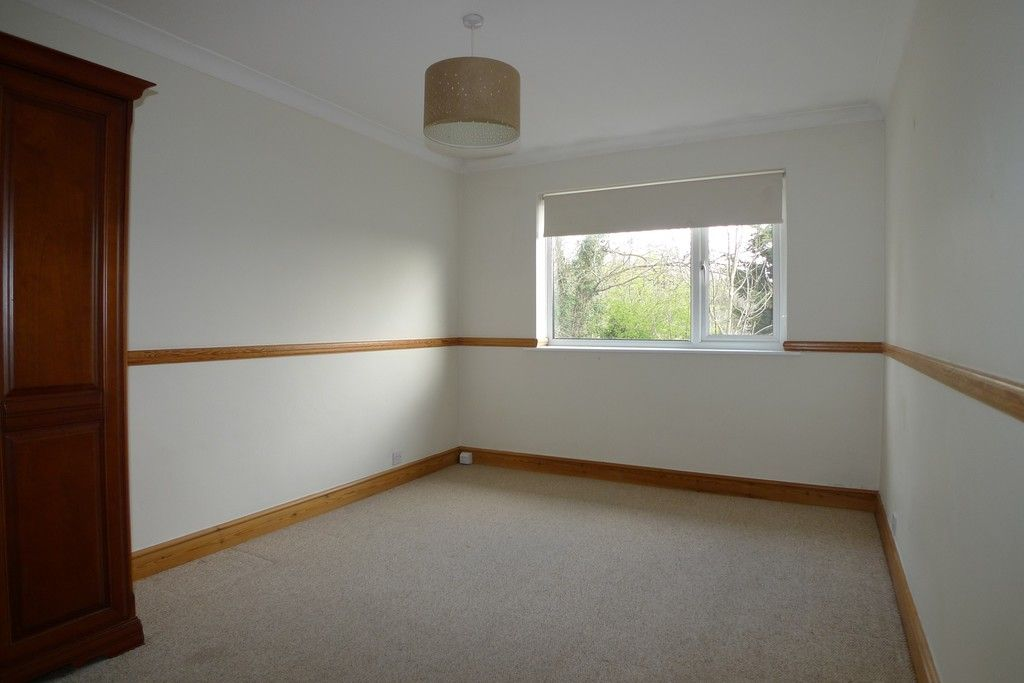 2 bed flat to rent in Studley Court, Sidcup, DA14 7