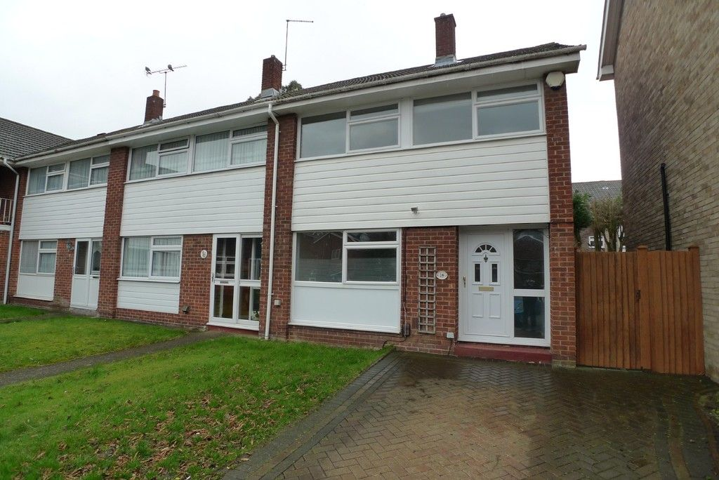 3 bed house to rent in West Woodside, Bexley, DA5 1
