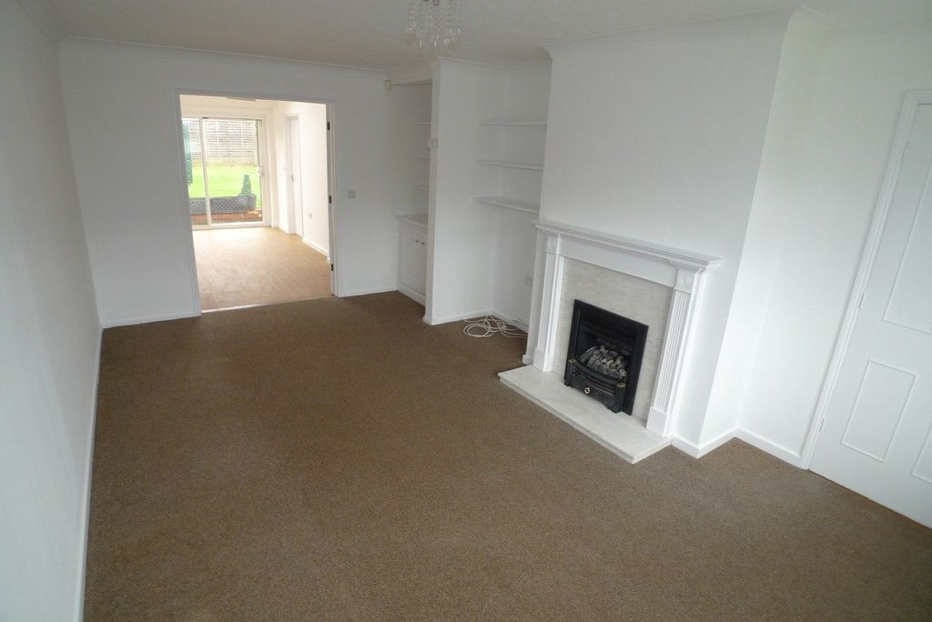 3 bed house to rent in West Woodside, Bexley, DA5 2