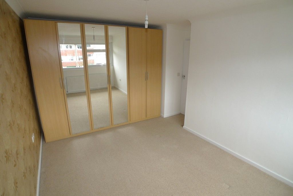 3 bed house to rent in West Woodside, Bexley, DA5 11