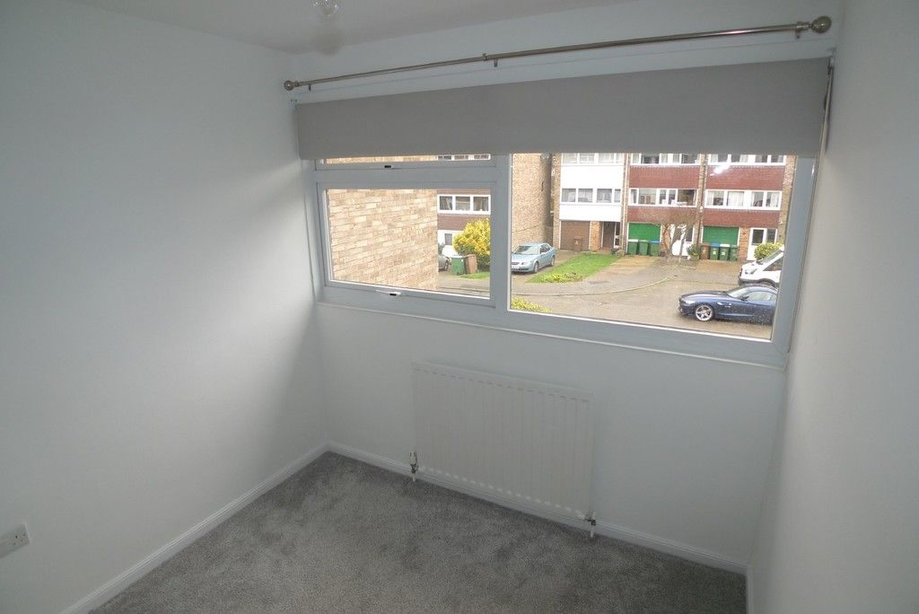 3 bed house to rent in West Woodside, Bexley, DA5 14
