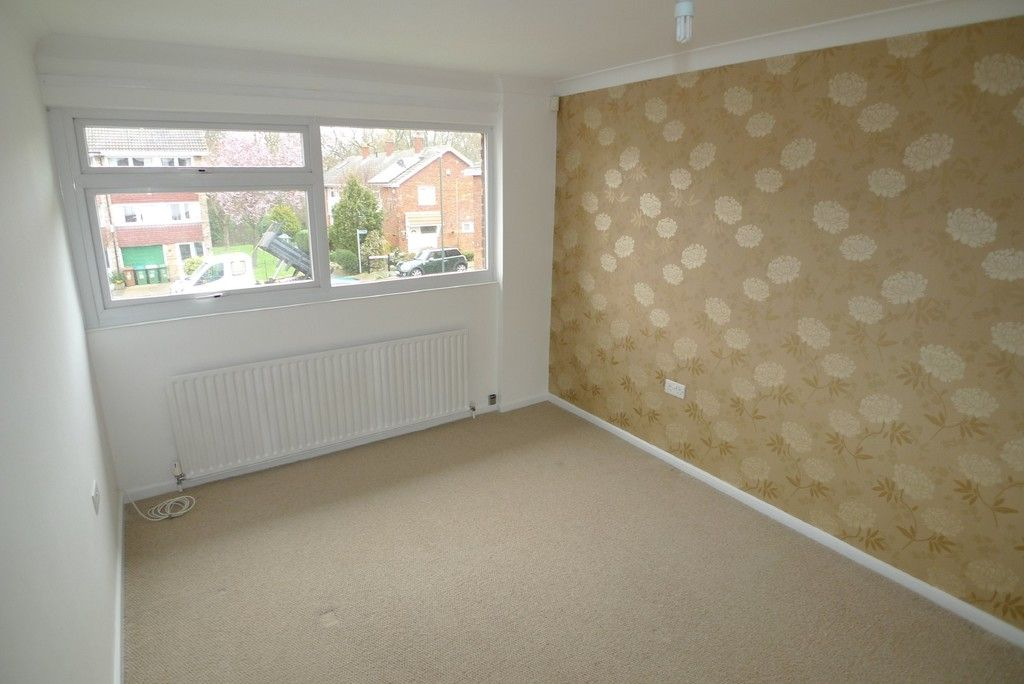 3 bed house to rent in West Woodside, Bexley, DA5 4