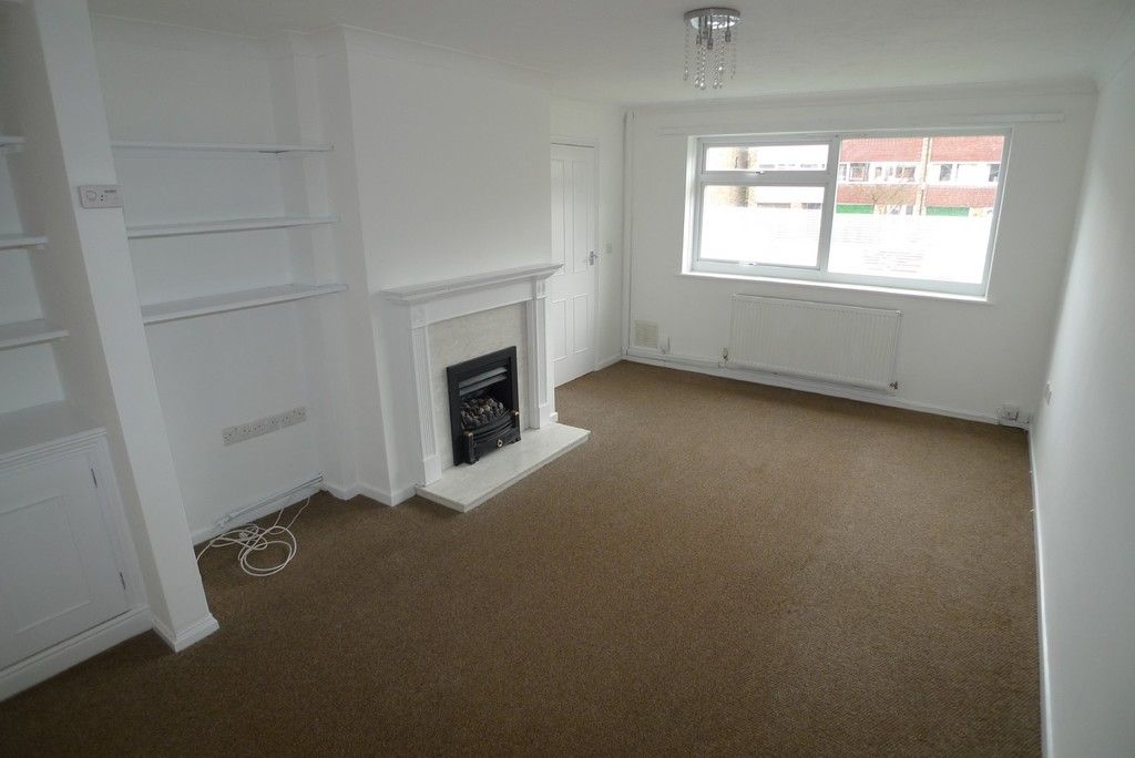 3 bed house to rent in West Woodside, Bexley, DA5 7