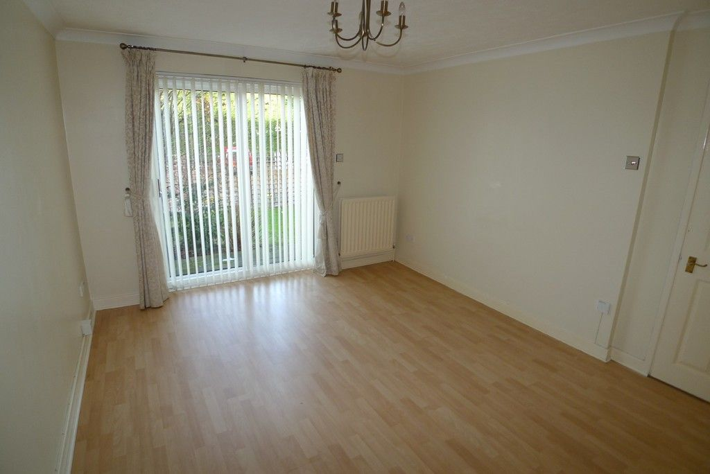 1 bed flat to rent in Manor Road, Sidcup, DA15 3