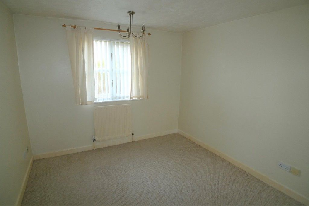 1 bed flat to rent in Manor Road, Sidcup, DA15 5