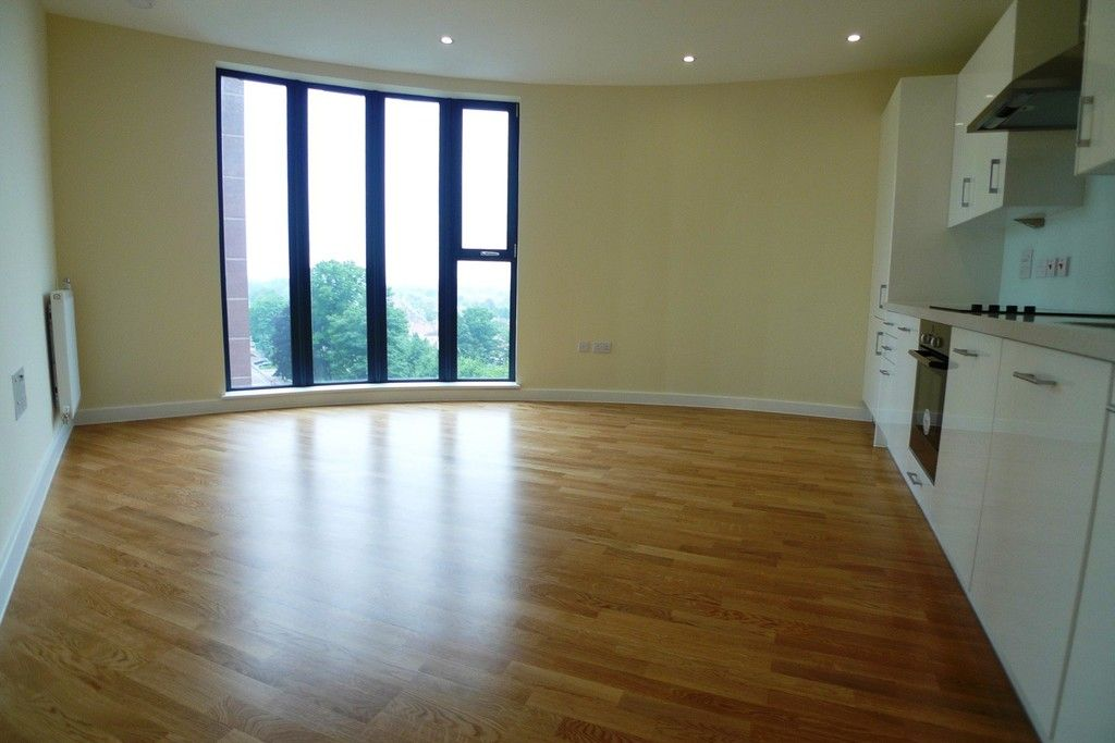 1 bed flat to rent in Station Road, Sidcup, DA15 2