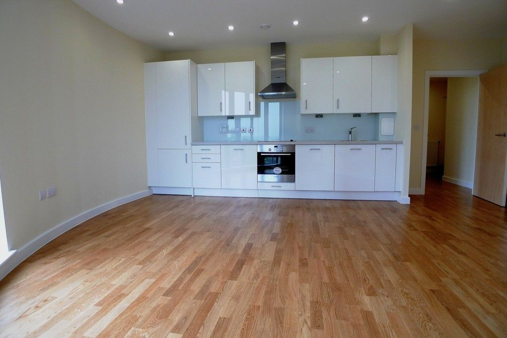 1 bed flat to rent in Station Road, Sidcup, DA15 3