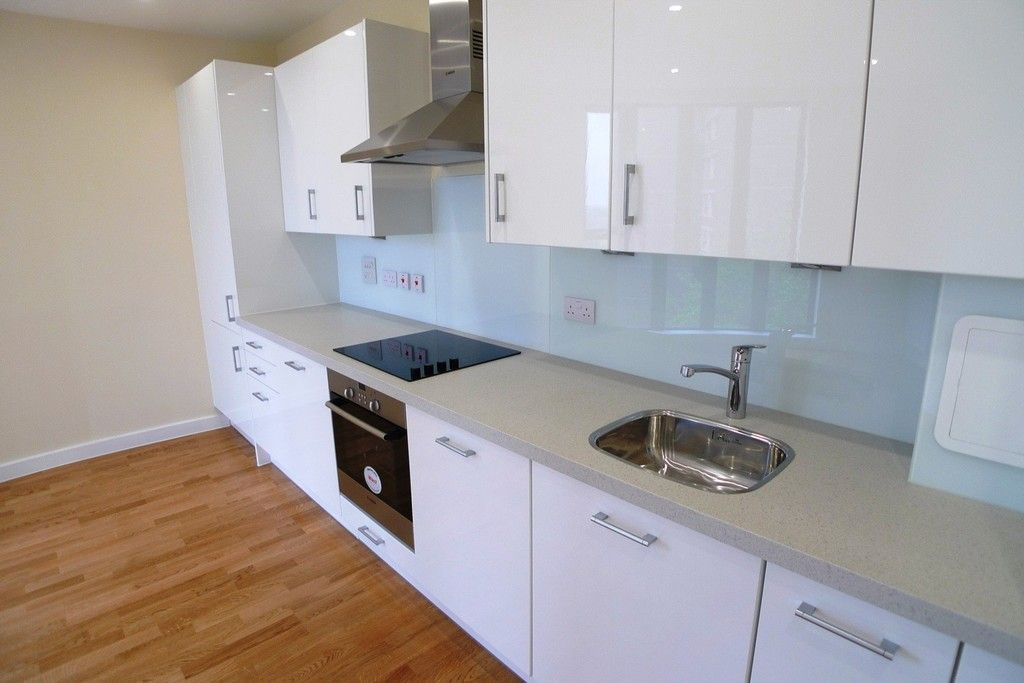 1 bed flat to rent in Station Road, Sidcup, DA15 4