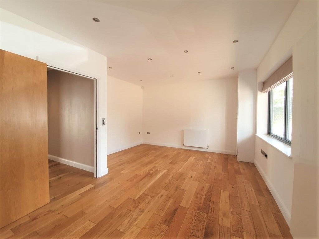 2 bed flat to rent in Wickham Street, Welling, DA16  - Property Image 7