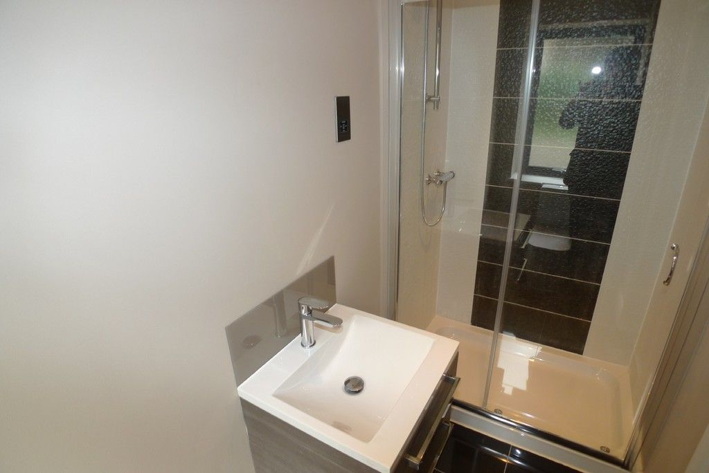 2 bed flat to rent in Wickham Street, Welling, DA16  - Property Image 8
