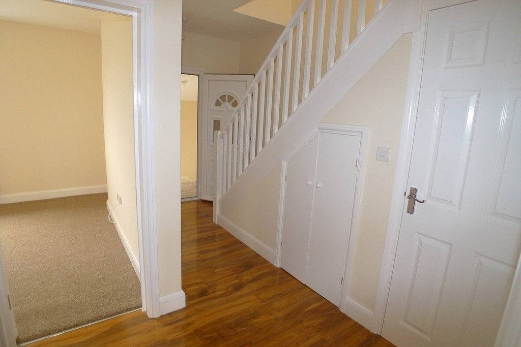 2 bed flat to rent in Lewis Road, Sidcup, DA14 6