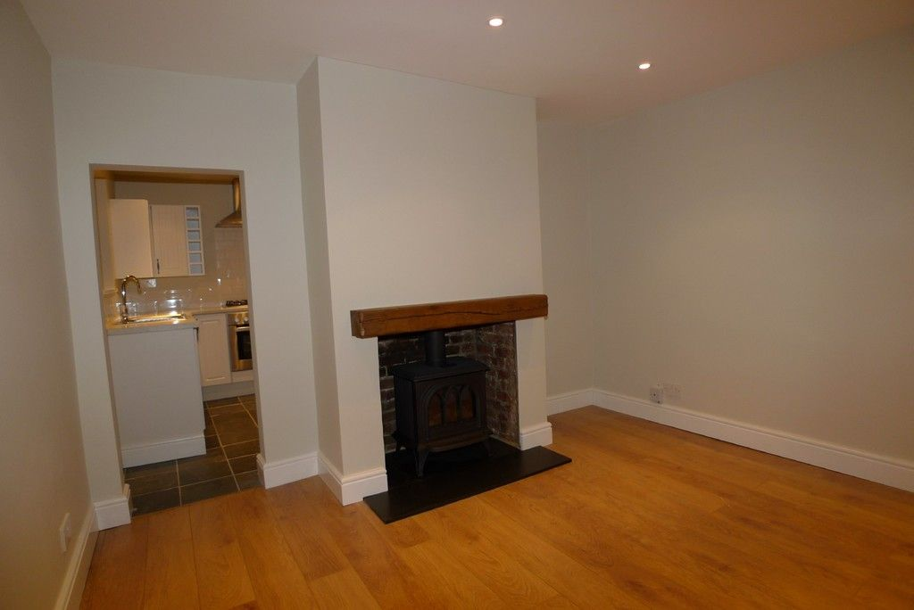 2 bed house to rent in Park Road, Chislehurst, BR7 2