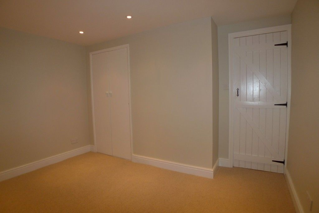 2 bed house to rent in Park Road, Chislehurst, BR7 11