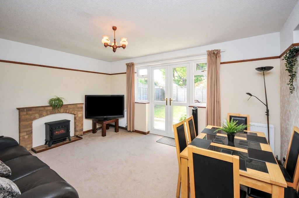 2 bed bungalow for sale in Onslow Drive, Sidcup, DA14  - Property Image 2