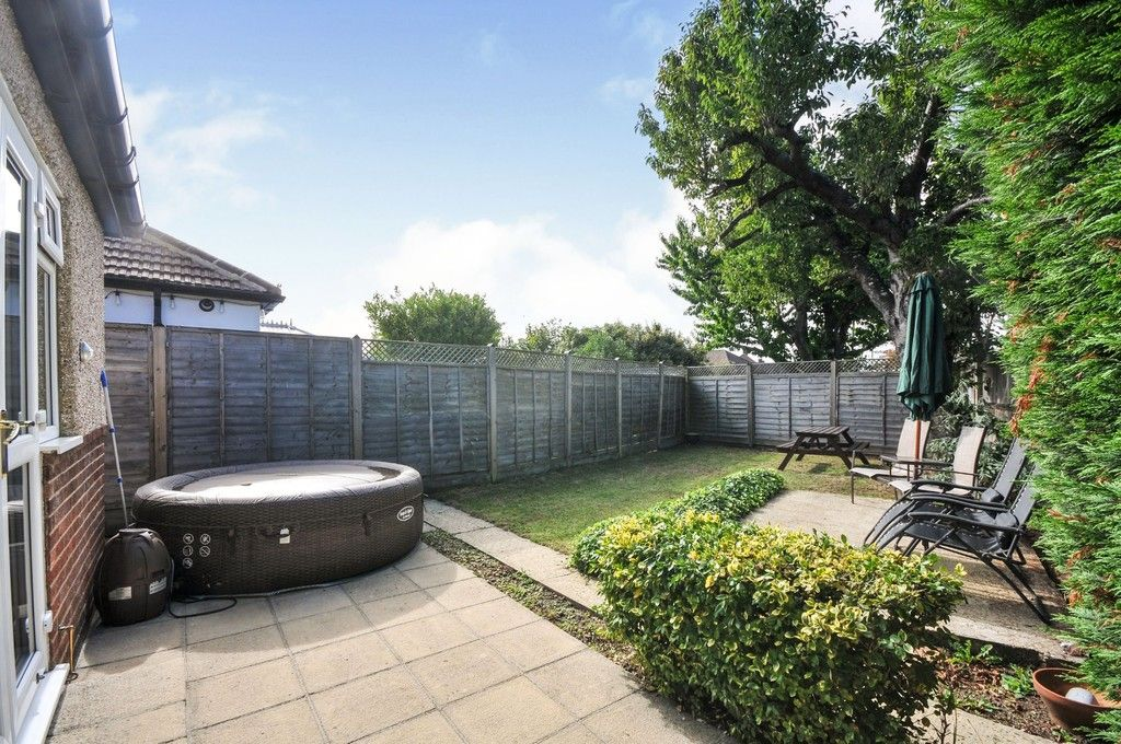 2 bed bungalow for sale in Onslow Drive, Sidcup, DA14  - Property Image 12