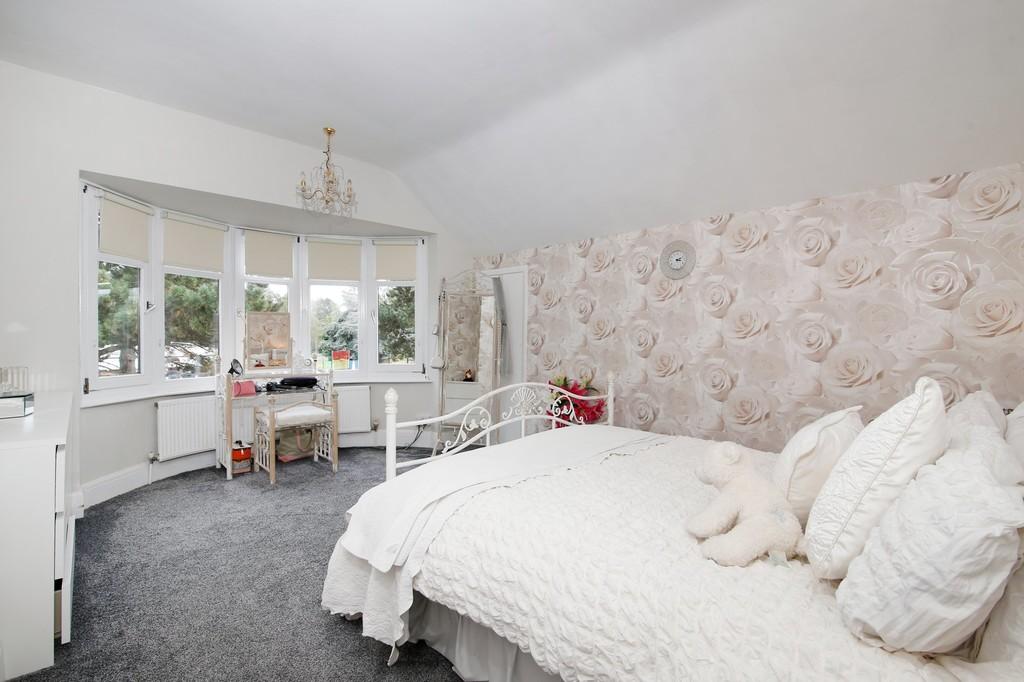 3 bed house for sale in Burnt Oak Lane, Sidcup, DA15  - Property Image 5