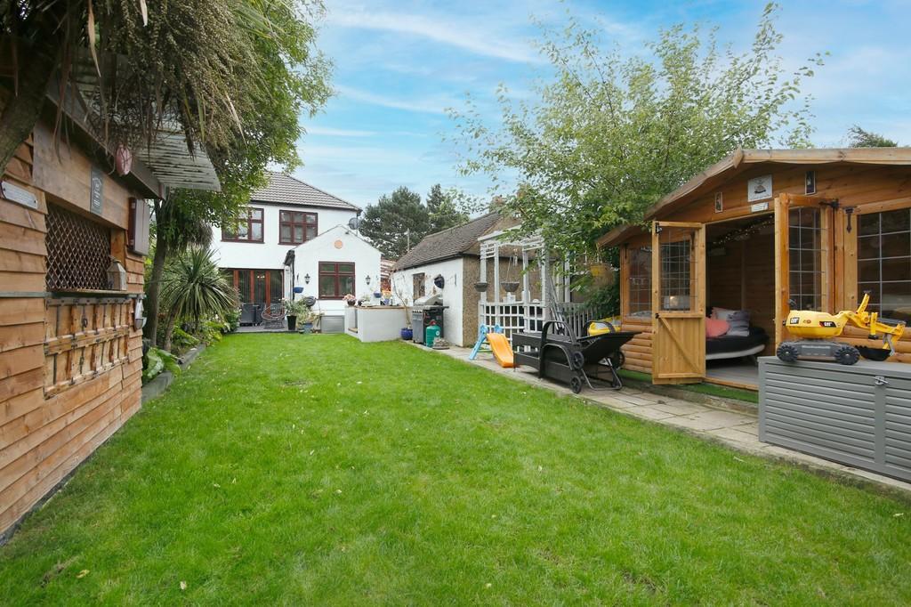 3 bed house for sale in Burnt Oak Lane, Sidcup, DA15  - Property Image 8