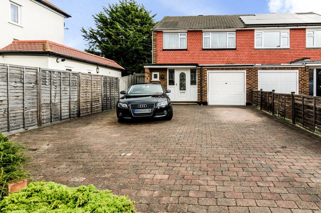 3 bed house for sale in Woodside Crescent, Sidcup, DA15, DA15