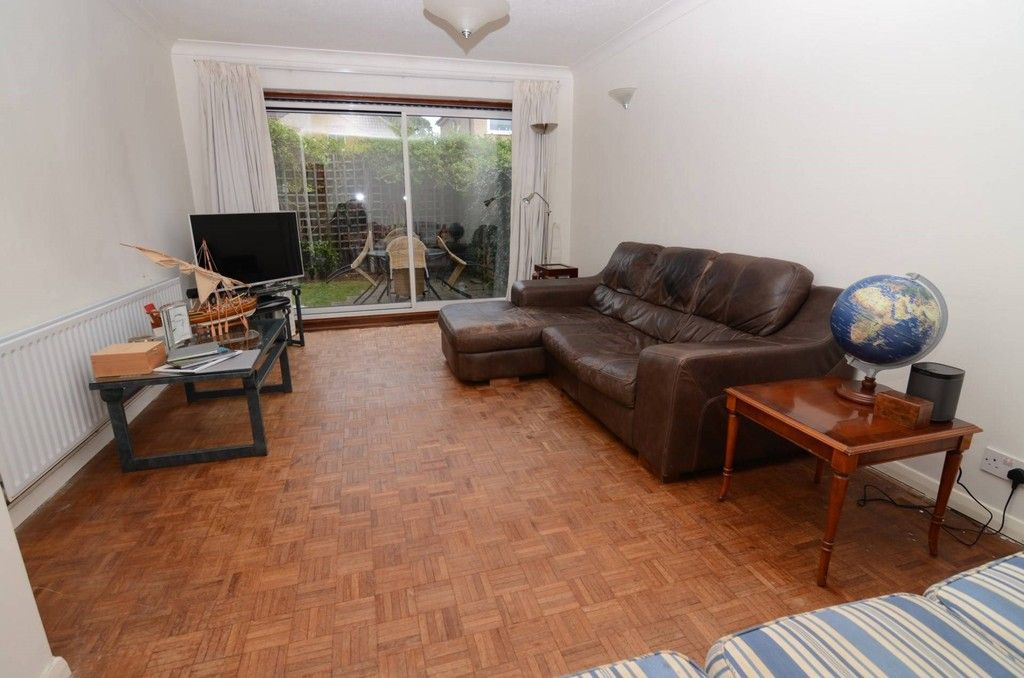 3 bed house for sale in Woodside Crescent, Sidcup, DA15  - Property Image 2