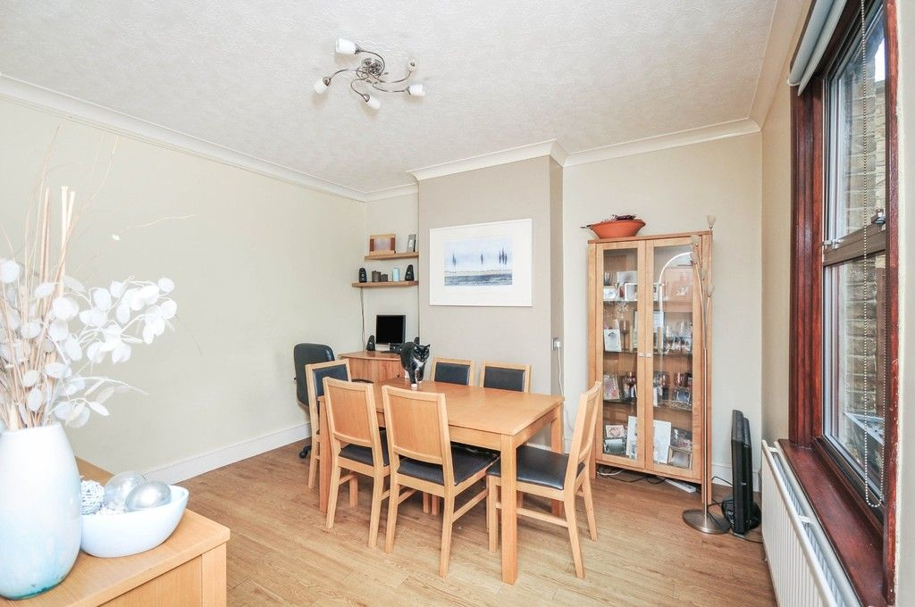 3 bed house for sale in Lincoln Road, Sidcup, DA14  - Property Image 3