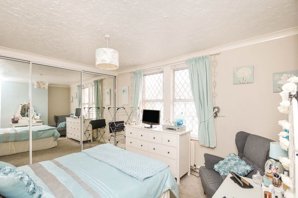 3 bed house for sale in Lincoln Road, Sidcup, DA14  - Property Image 5